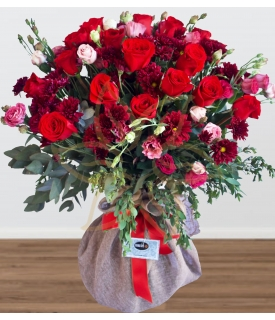 BERRIES PLATINUM BOUQUET