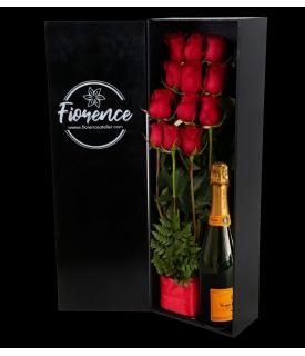 Caja de Rosas Rojas y...