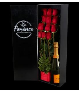 Caja de madera con Rosas Rojas