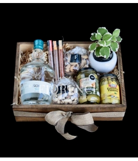 Mezcal & Snacks gift box